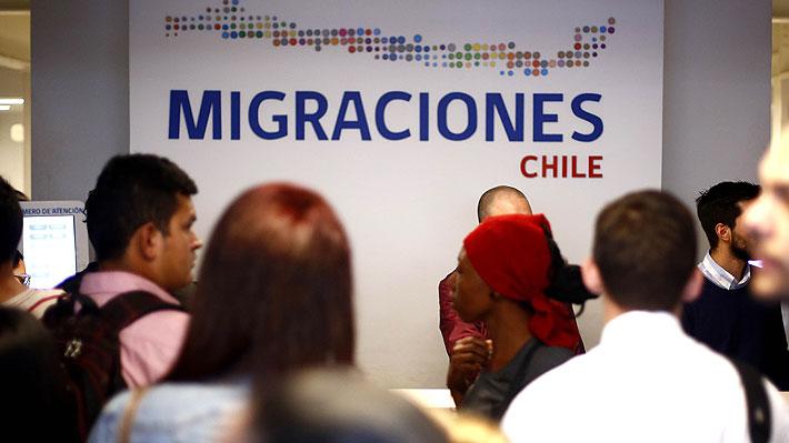 """Estudiantes, migrantes y expertos se reúnen en  seminario """"Migración en Chile y Trabajo infantil"""" en la comuna de Santa María"""