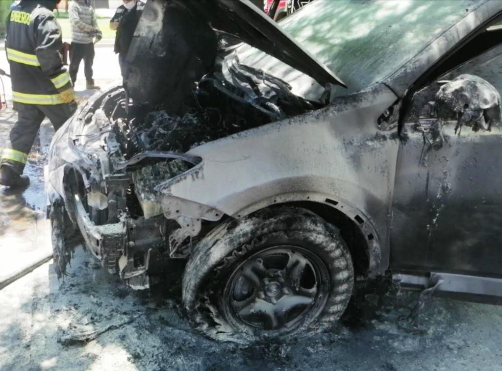 En prisión preventiva quedaron dos de los tres detenidos por el incendio a vehículos de funcionarias del hogar María Ayuda